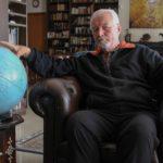 Μπάμπης Μπίζας: Ο πιο Ταξιδεμένος Άνθρωπος του Κόσμου Δεν Καταβλήθηκε Από το Lockdown